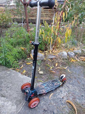 Самокат дитячий Бест скутер