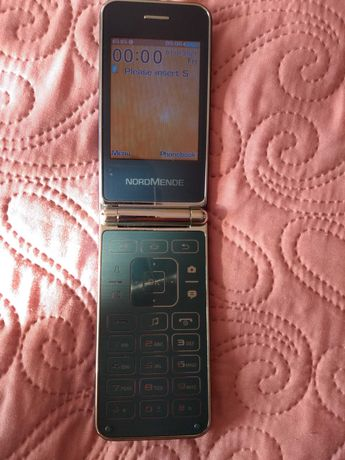 Telefon klasyczny z klapką - Nordmende