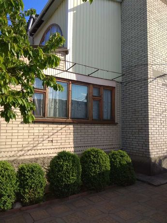 Продається будинок в м. Бершадь