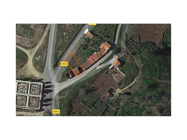 Garagem com Terraço e Quintal - Cepos (Arganil)