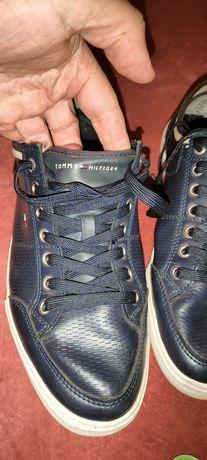Оригинальные кожаные кроссовки Tommy Hilfiger 43 (28)см
