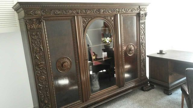 Biblioteka XIX wiek szafa antyki meble gabinetowe