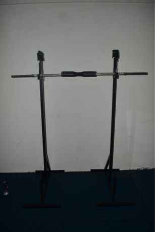 Rack / suporte barra musculaçāo