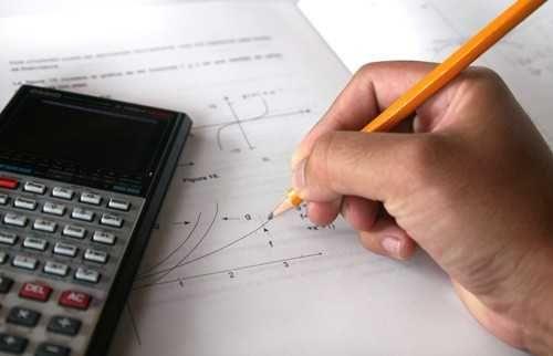 Matemática A/ MACS/ Álgebra/ Estatística/Cálculo- Explicações ONLINE