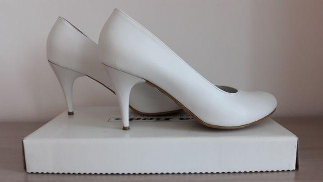buty ślubne - białe + mały gratis
