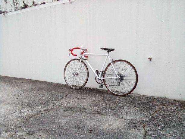 Bicicleta de Estrada   Nunca usada