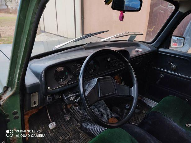 Панель приборів, з приеборкою, та рульом на москвич 2140
