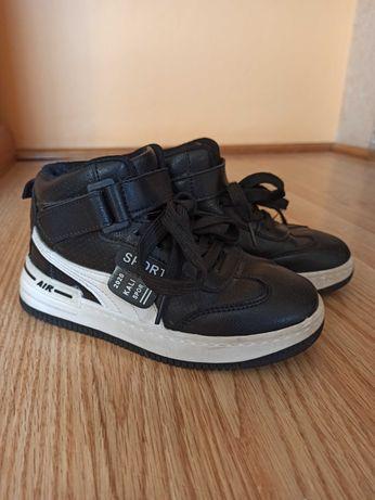 Осінні черевики розмір 32