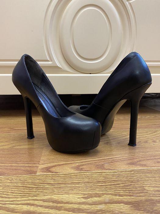 Туфли на высоком каблуке Буча - изображение 1