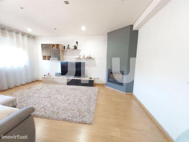 Apartamento T2 Venda em Arrifana,Santa Maria da Feira