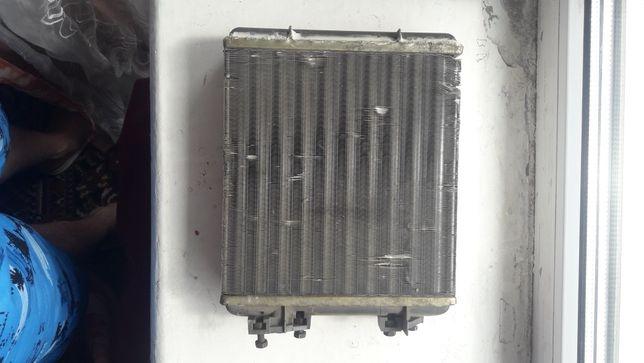 Продам радіатор печки .