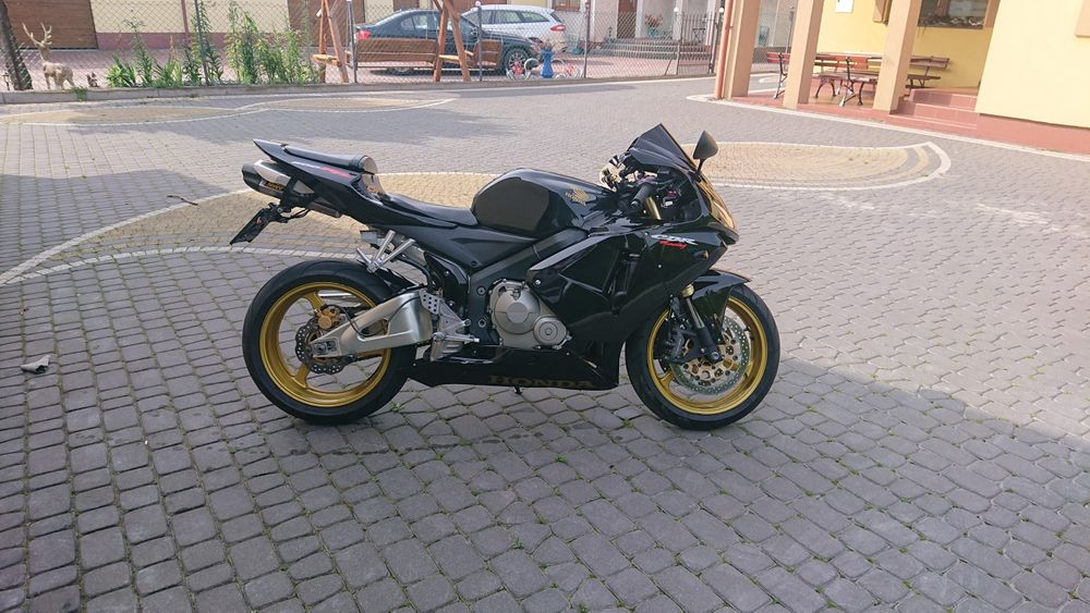 Honda cbr 600rr 2006 WARTO!!! Białobrzegi - image 1