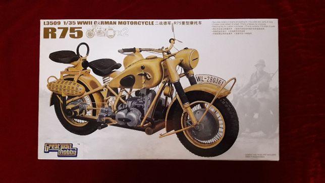 Сборная модель 1:35 R75 WWII German motorcycle