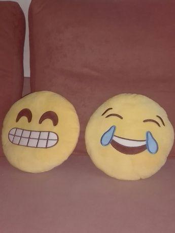 Poduszki Emoji na sprzedaż