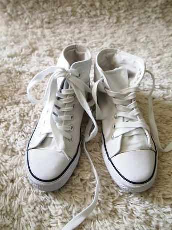 Białe długie trampki do kostki New Age 38 buty sportowe jak Converse