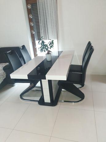Stól + 8 krzesel nowoczesny