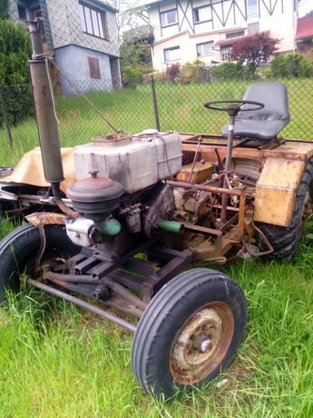 Ciągnik sam traktorek