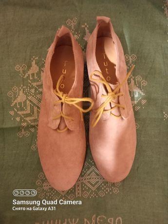 Новые туфли пудра кожаные