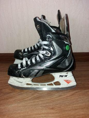 Профессиональные хоккейные коньки Reebok 20K р-р.39 24.8 см.
