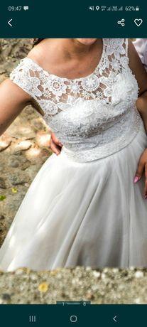 Suknia ślubna plus koło