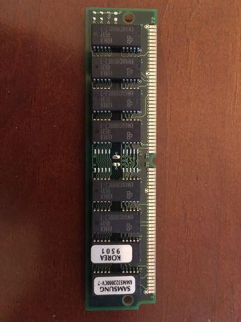 1 pente memória 8MB SIMM, Samsung