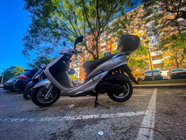 Scooter Sym VS 125