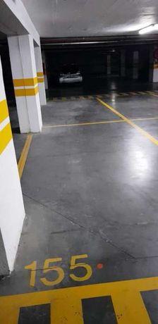 Lugar parqueamento - aluguer anual