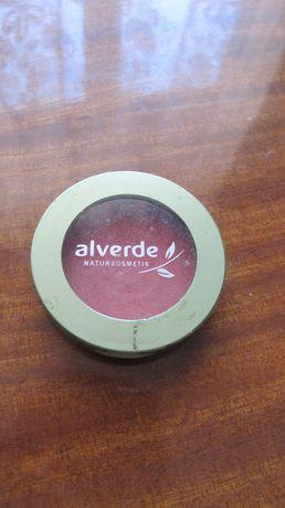 Румяна фірми Alverde