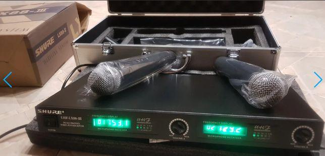 Беспроводная караоке радиосистема на 2 радиомикрофона SHURE DM UGX8-II