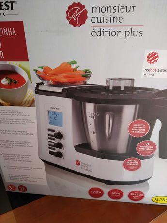 Vendo em estado novo Robot Cozinha