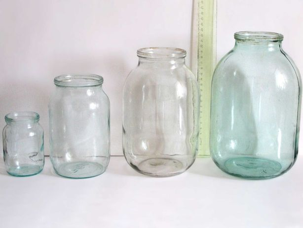 Продам стеклянные банки 0,5 л; 1 л; 3 л -  для консервации.
