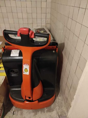 Wózek elektryczny paletowy Linde