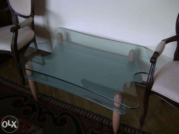 Cтеклянный журнальный столик LOGO для офиса или холла УЦЕНЕНО