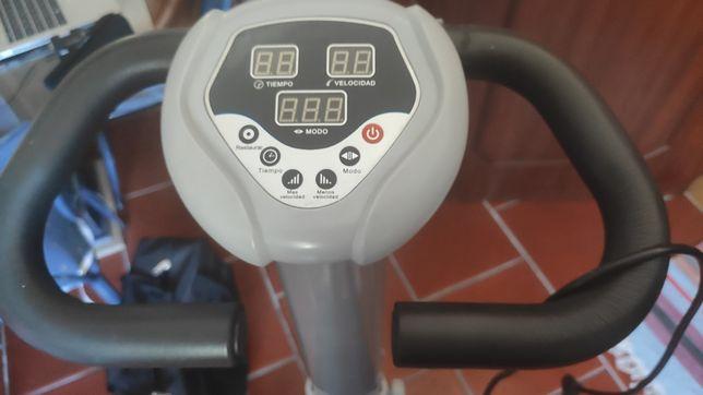 Plataforma vibratória para Fitness e musculação