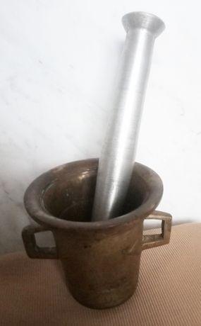 Ступка латунная 1кг с пестиком белого металла 0.5кг, 19-20век