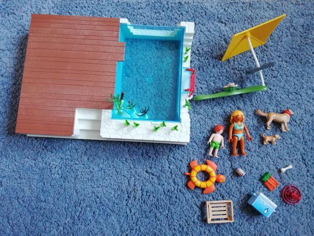 Zestaw play mobile taraz z basenem