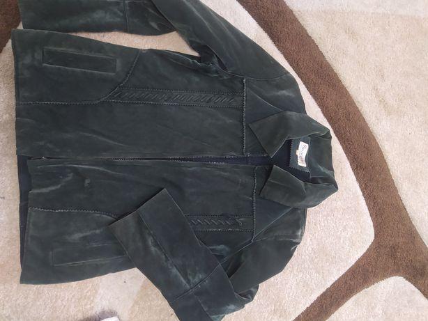 Безкоштовно курточка