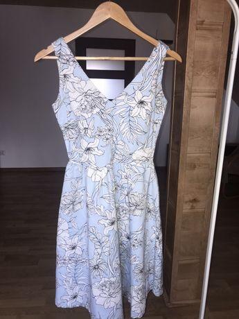 Elegancka rozkloszowana sukienka medicine xs