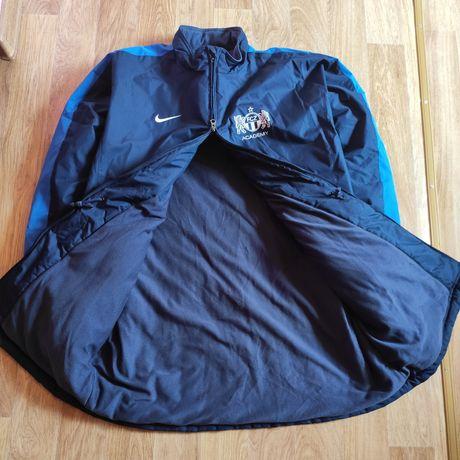 Продам новую куртку Nike (не пуховик, Original )