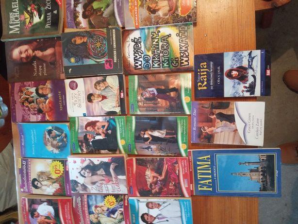 Książki romanse itp wszystko co na kilku zdjęciach