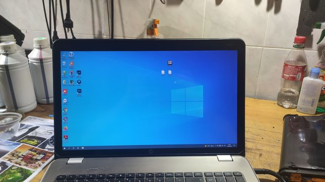 HP Envy 17-1100er  I7-720qm 6gb ddr3