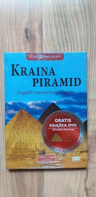 Kraina piramid. Zagadki starożytnego Egiptu (Książka + DVD)