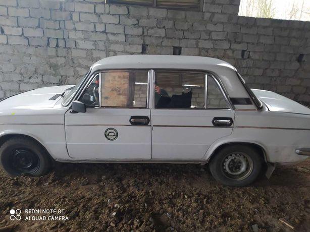 Машина Ваз 2103 Жигулі