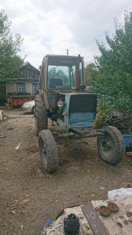 продам трактор юмз 6 возможно по частям.