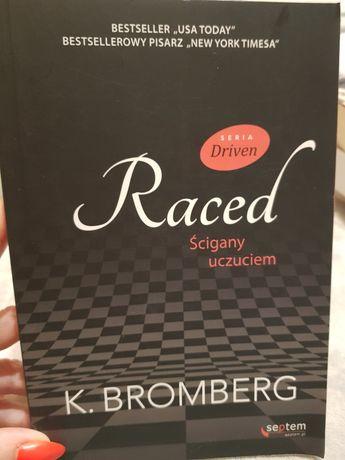 Raced z serii Driven  autorstwa K. Bromberg