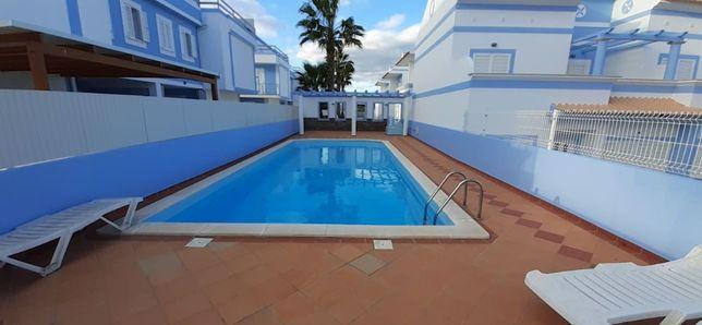 V3/piscina Manta Rota Férias Setembro