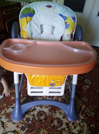Дитячий стульчик для годування