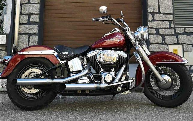 Vendo 2 Motos Uma Harley Davidson e Uma Ducati