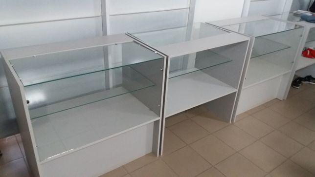 Продам прилавок стеллаж витрину стеклянный большой выбор