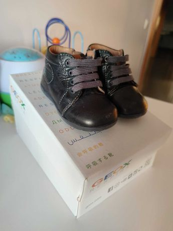 Vendo botas azuis Geox N.19